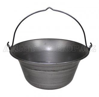 Kotlík Maďarsko ocelový
